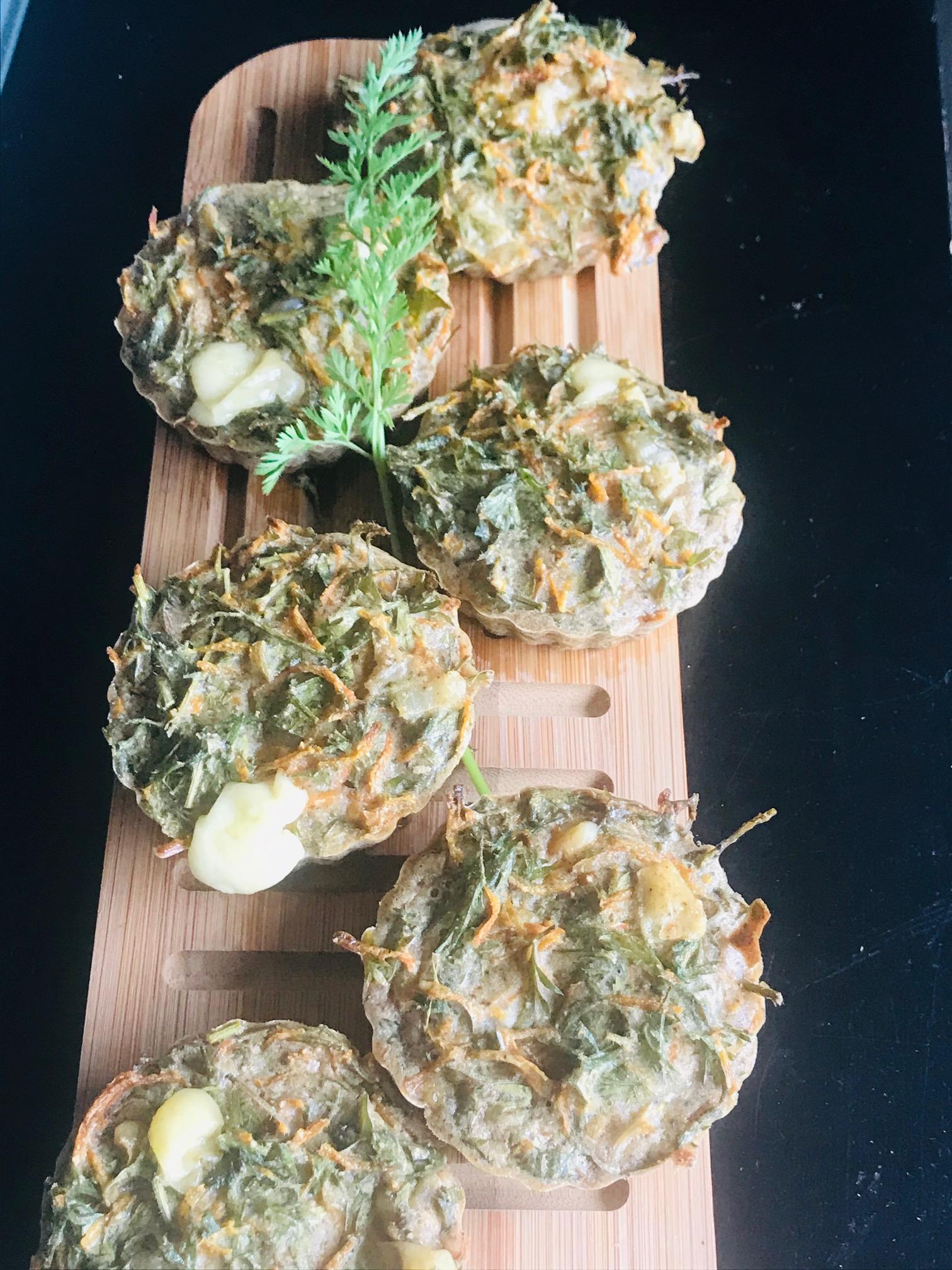 Muffins aux fanes de carottes